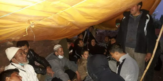 ازيلال/ سكان زاوية اسكار مستمر ن في الإعتصام رغم قساوة الطقس، وتجاهل المسؤولين