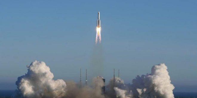 """خبراء فضاء صينيون يردون على مزاعم """"حطام الصاروخ الصيني الخارج عن السيطرة"""""""