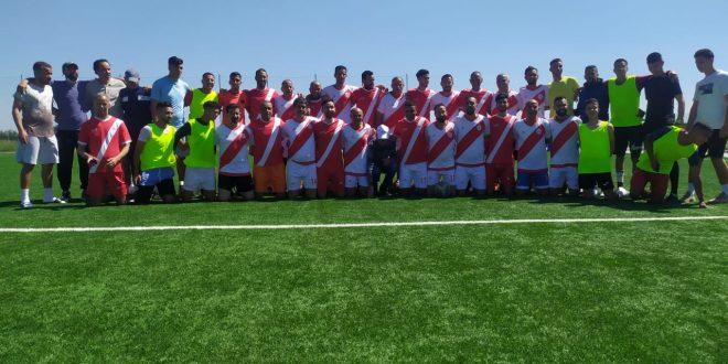 بلقصيري / فريق النجم الأحمر لكرة القدم يحتفي بابنه البار اللاعب السابق عزيز فهمي