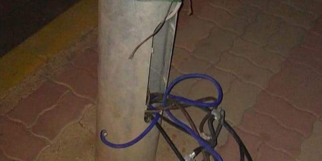أسلاك كهربائية تصعق شابا وتهدد حياة مئات السكان بالدوار الجديد الكريفات.